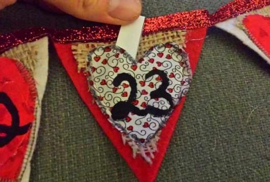Valentine banner | Valentine craft | countdown banner | Valentine decor | VibrantHomeschooling.com