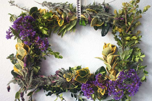 How To Make Outdoor Spring Wreaths For A Front Door Christ
