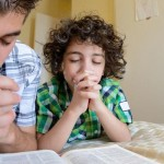 How to Teach Your Kids to Pray