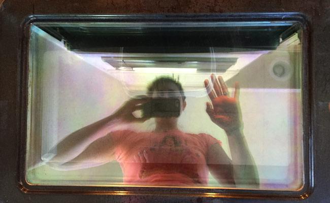 Clean-oven-door