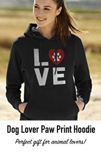 800-x-1200-gifts-dog-lover-dog-paw-hoodie
